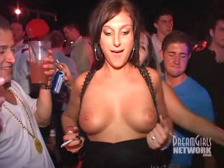 drunk girls flashing tits